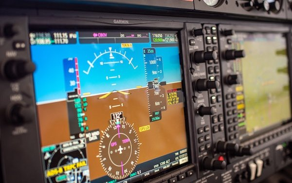 10 Popular Apps Used by Pilots and Aviation Geeks