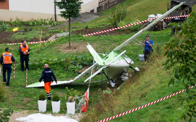 Pilot killed in light plane crash at Swiss air show
