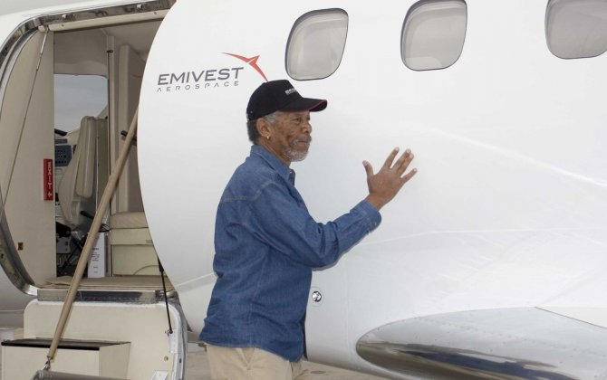 Celebrity Pilots - do you know them - Morgan Freeman