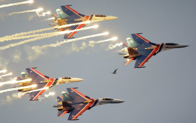 25 Countries Defy Sanctions to Attend MAKS-2015 Air Show