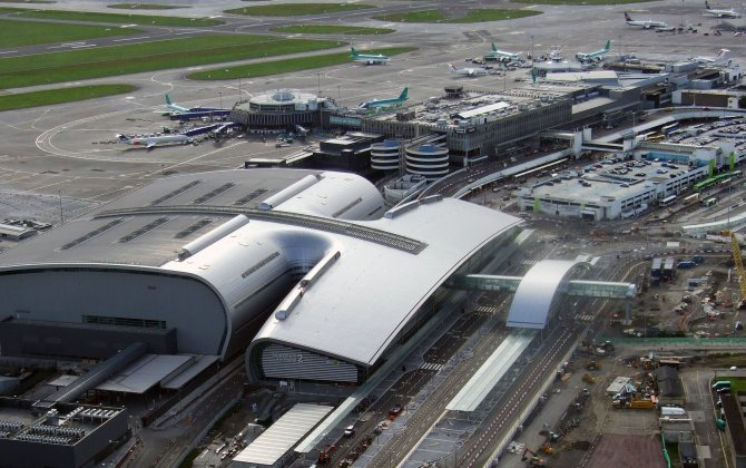 Flights resume after fire at Dublin Airport