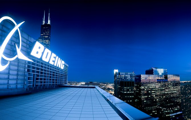 Boeing opens commercial spaceship plant in Florida