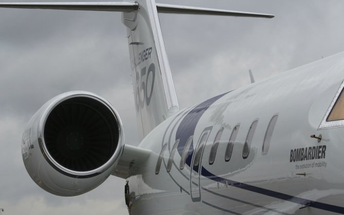 Bombardier at JetExpo 2015 with new Challenger 650