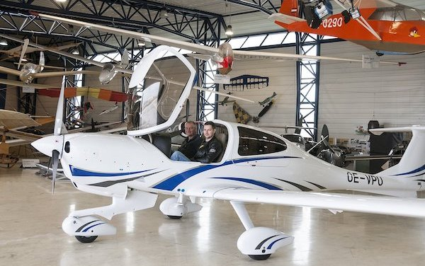 20 Years Anniversary of the DA40: 400th Austrian built DA40 NG delivered