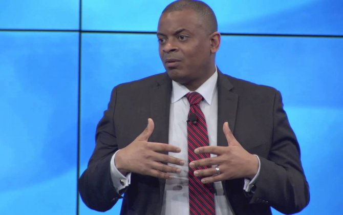 U.S. Transportation secretary Foxx announces $5.5m in grants