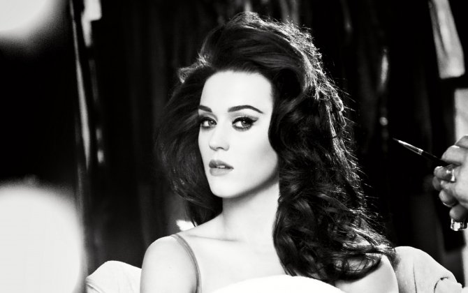 Katy Perry To 'Roar' In Dubai