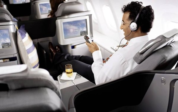 Lufthansa to Trial Inflight High-Speed Internet for Passengers