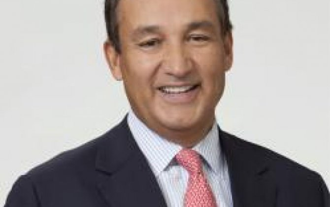 New United Airlines CEO Vows End to Disunity in Employee Letter