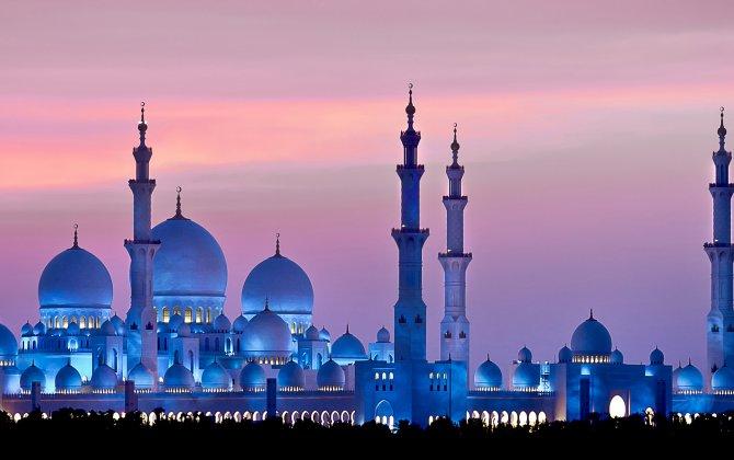 Etihad Airways host Dutch travel industry representatives to Abu Dhabi