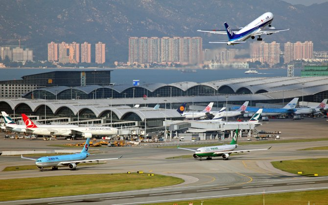Hong Kong Airport Studies Adding Day and Night Flights Ahead of 2-Runway Capacity Crunch