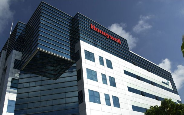Honeywell acquires Satcom 1 to strengthen connectivity offer