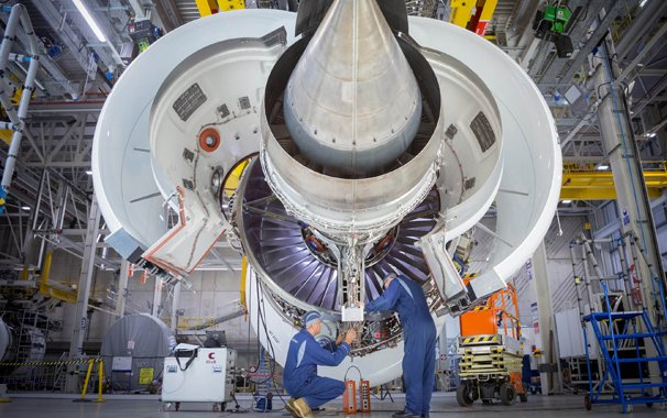 Rolls-Royce celebrates first run of Trent 7000 engine