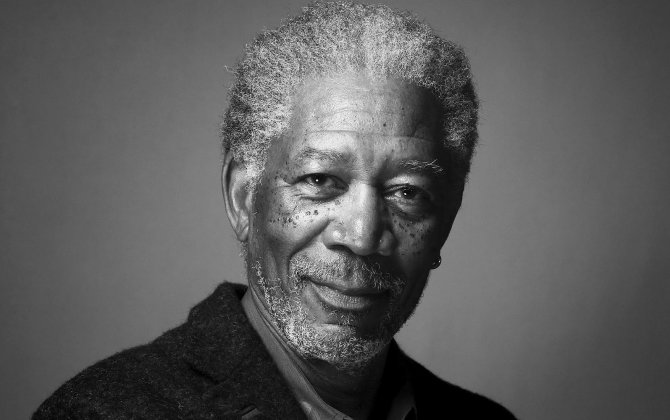 Morgan Freeman's Plane Crash Lands in Mississippi After Tire Blowout