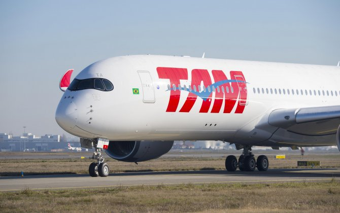 Amazing job - In the making: the first TAM Airlines A350 XWB