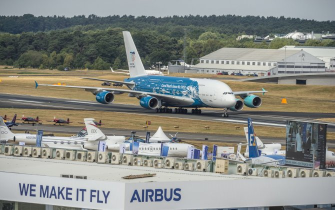 A 'supersized' Airbus performance on the Farnborough Airshow's Day 4