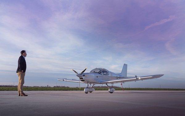 Aeroclub de Versailles has chosen the Sonaca 200