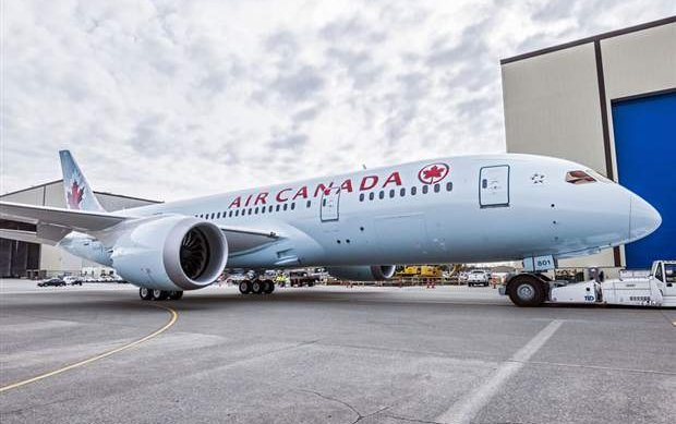 Air Canada strands passengers in Manchester for two days
