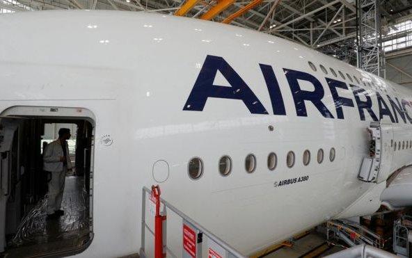 Air France: Pilots' strike to hit Euro 2016