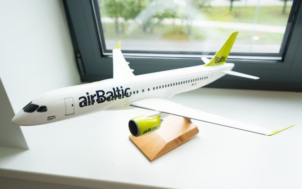 airBaltic Goes Green with Digitalized Passenger Lists
