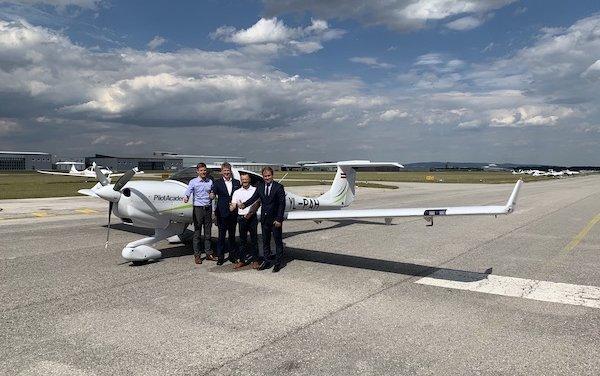 airBaltic Pilot Academy Receives Eighth Diamond Aircraft