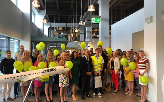 airBaltic Reaches 1 500 Employee Mark