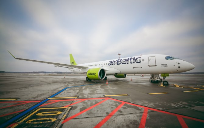 airBaltic Receives First CS300 Aircraft of 2018