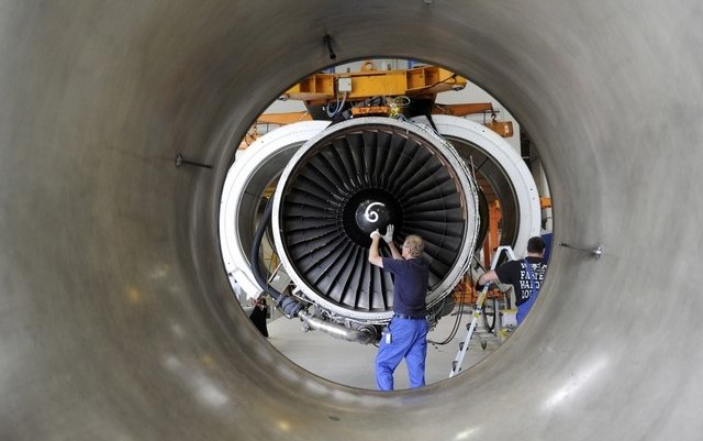 Airbus and Boeing jet engine maker forecasts higher profit for the year