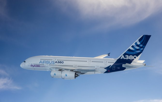 Airbus and Heathrow celebrate 10th anniversary of first A380 flight to London
