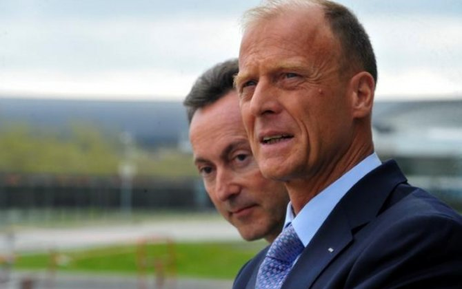 Airbus CEO Enders to take control of plane sales in new shake-up