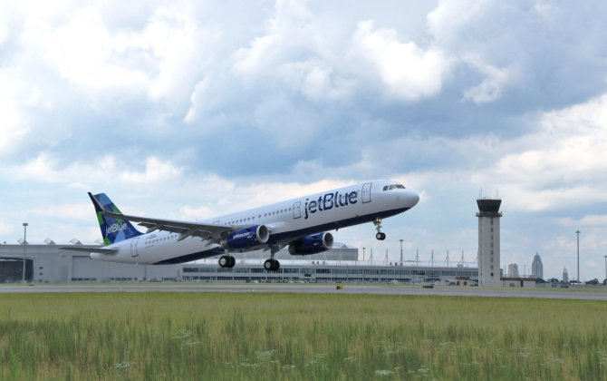 Airbus delivers first aircraft from Mobile powered by sustainable jet fuel blend