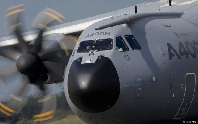 Airbus shares nosedive after profit slumps