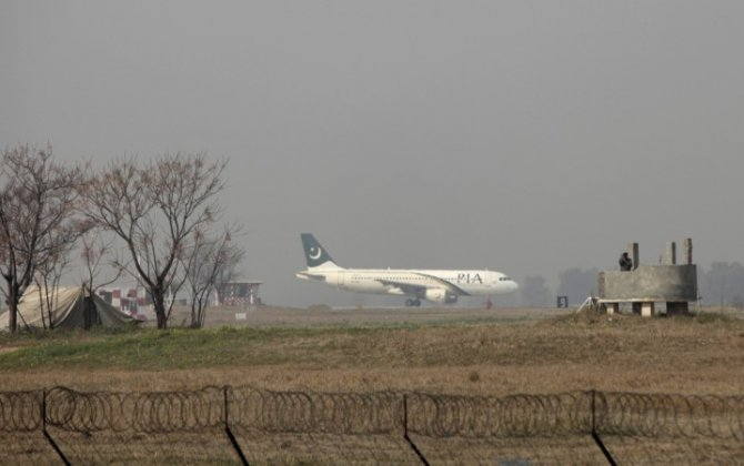 Airlines issue informal warning to pilots: 'Avoid landing in Pakistan'