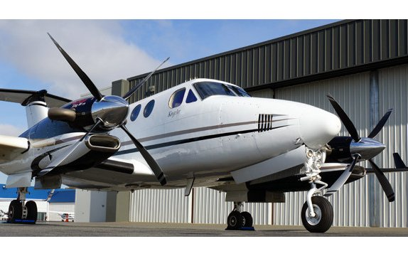 Australia's CASA Approves Raisbeck Engineering's Swept Blade Propellers for King Air 350s