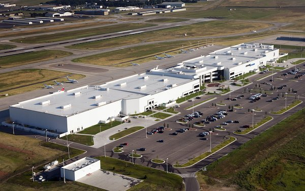 Avfuel sign an agreement to supply and integrate SAF to Textron Aviation sustainability initiatives
