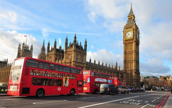 Azerbaijan Airlines increasing regular flights to London