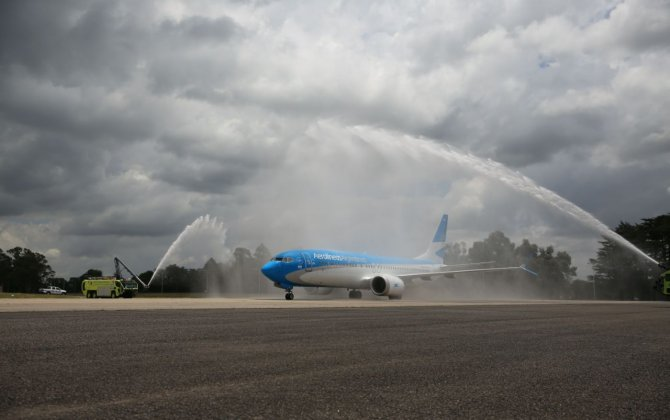 Boeing, Aerolíneas Argentinas Celebrate Delivery of Airline's First 737 MAX
