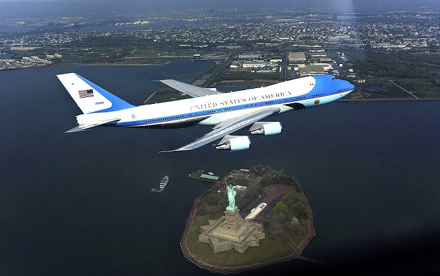 Boeing awarded $127m deal for new Air Force One work