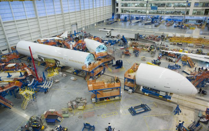 Boeing Begins Final Assembly on First 787-10 Dreamliner