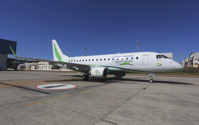 Boeing, Embraer Unveil Newest ecoDemonstrator Aircraft