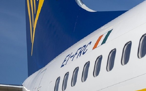 Boeing, Ryanair Celebrate Milestone Delivery of Airline's 400th Next-Generation 737-800