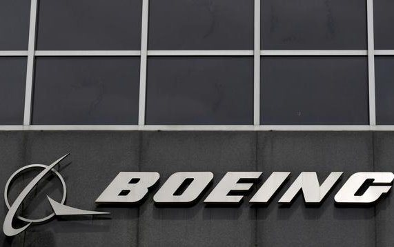 Boeing studying pilotless airplanes