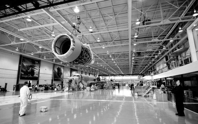 Bombardier confirms progress on turnaround plan