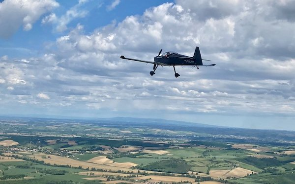 Châteauroux-Villers flying club becomes a new customer for AURA AERO