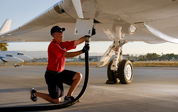 Clay Lacy creates a team to offer Sustainable Aviation Fuel at two FBOs