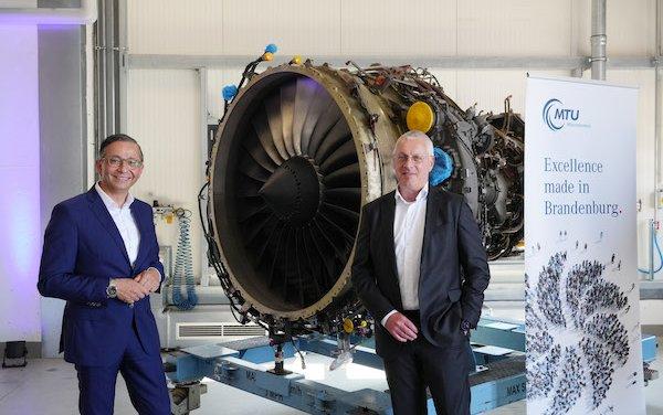 Congratulations on 30th anniversary - MTU Maintenance Berlin-Brandenburg