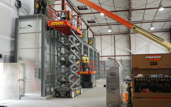 Constant Aviation invests in enhanced aircraft painting facility at Orlando Sanford Airport