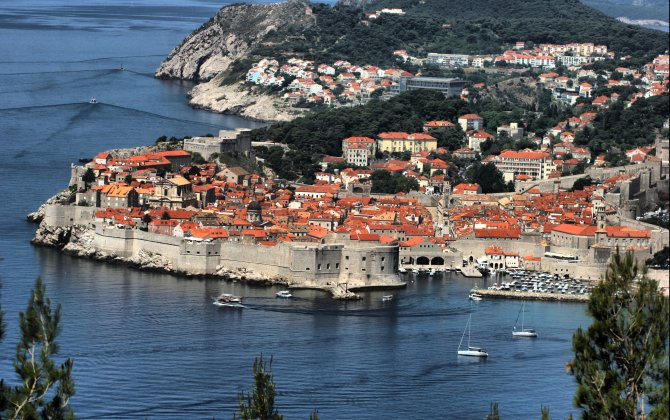 Croatian sea-side resorts with LOT as early as for May holiday weekend