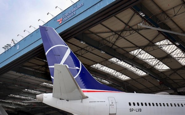 CSAT provides Boeing 737 base maintenance, LOT Polish Airlines as the first customer