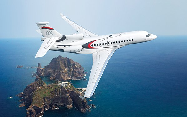 Dassault's Falcon 8X Makes Initial Appearance at LABACE