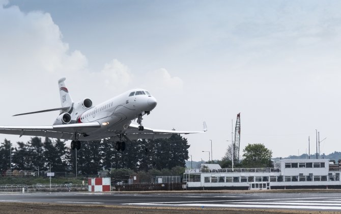 Dassault's New Falcon 8X Approved for London City